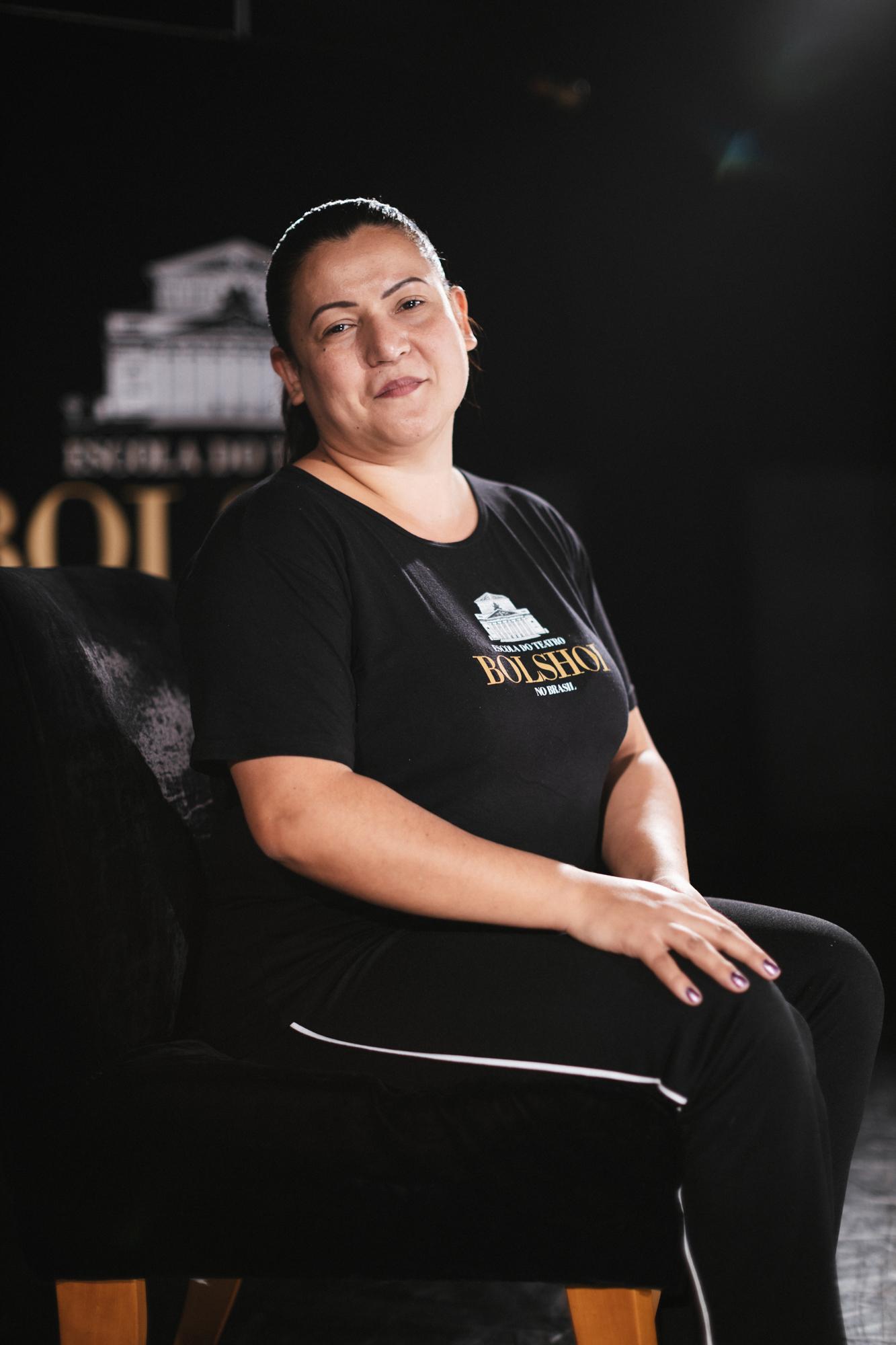 Conheça a Gabi, Supervisora de Limpeza da Escola Bolshoi